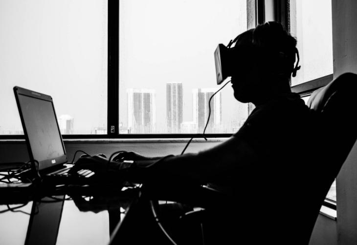 Oculus-Rift-Headsets