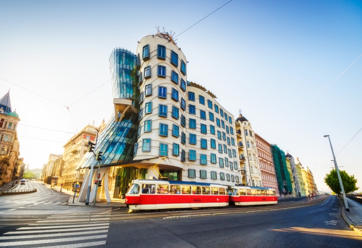 prague-dancing-house-attraction