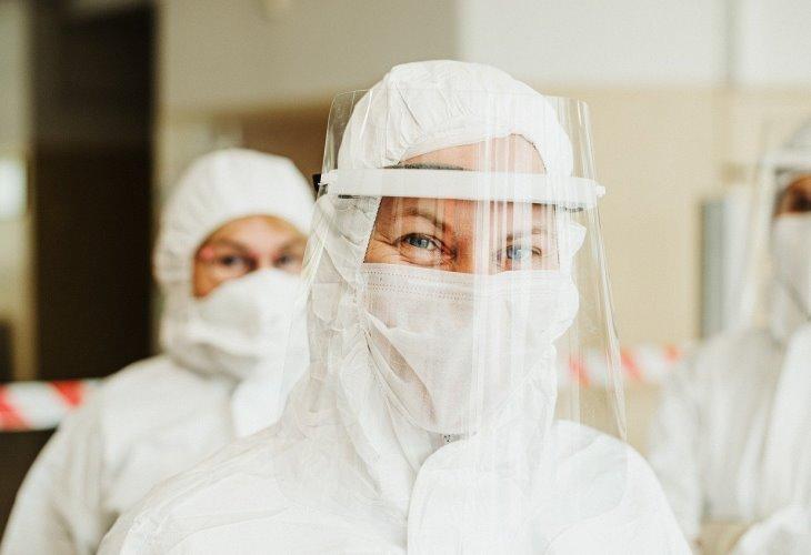 protective-suit-pandemic